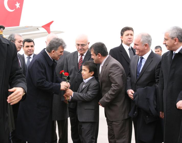 Cumhurbaşkanı Gül Diyarbakır'da