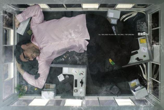 Sigarayla savaşan posterler