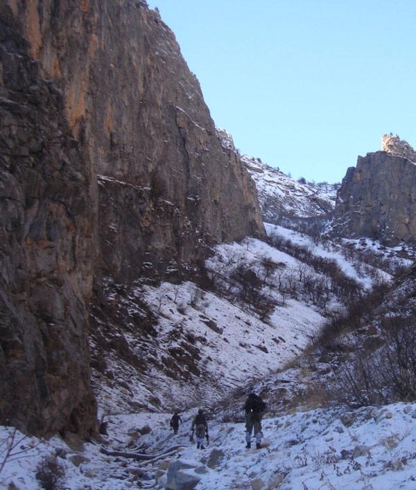Ele geçirilen PKK sığınakları