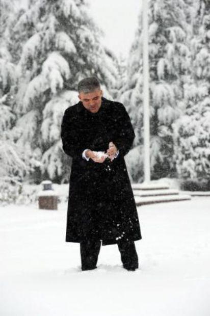Cumhurbaşkanı Gül sosyal medyada