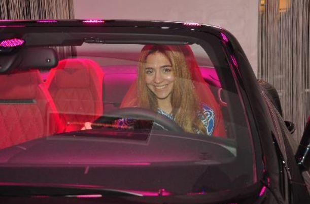 Ali Ağaoğlu'ndan kızına araba