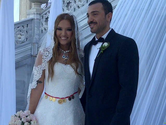 Demet Akalın-Okan Kurt evlendi