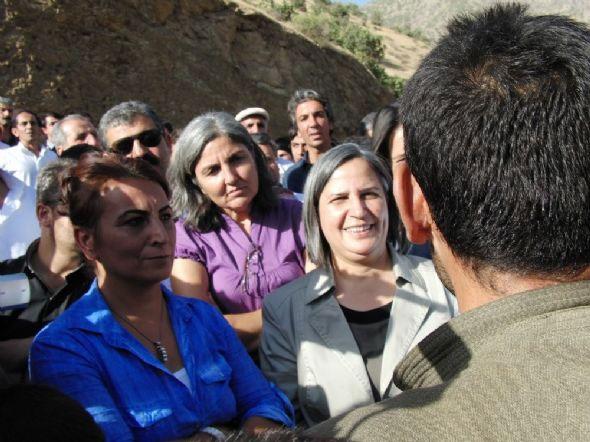 PKK ve BDP'nin samimi konuşmaları