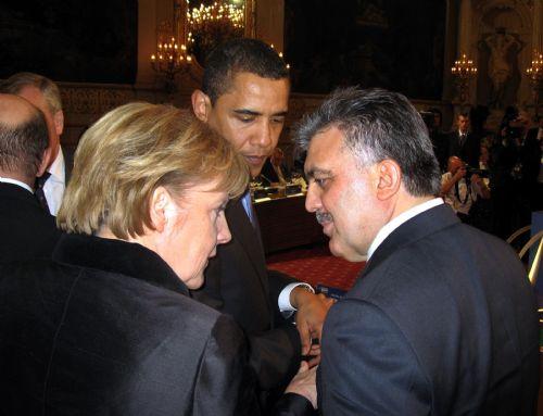 NATO'dan kareler