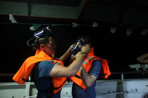 Türk gemilerine kanlı baskın
