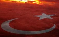 Türk halkı öfke kusuyor!