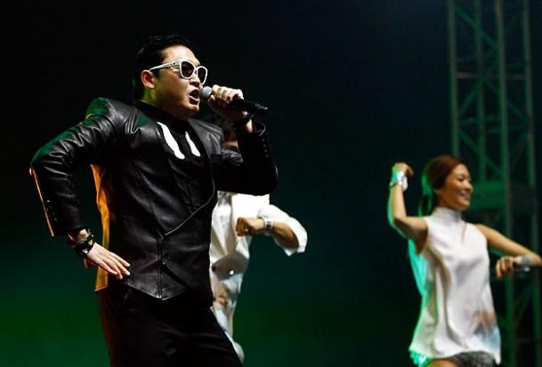 Gangnam fırtınası İstanbul'u da salladı