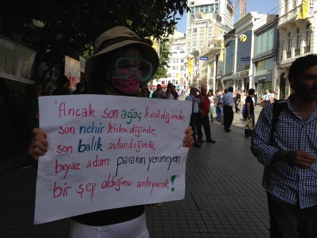 Gezi Parkına polis müdahalesi!