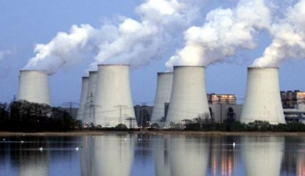 Nükleerde yaman çelişki