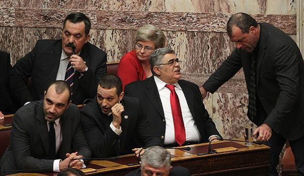 Yunanistanda cumhurbaşkanlığı seçimi 3. tura kaldı