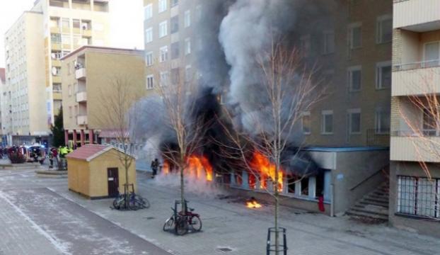 İsveçte cami yakıldı: 3 yaralı