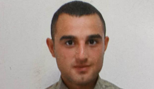 13 yerinden bıçaklanan izinli asker hayatını kaybetti