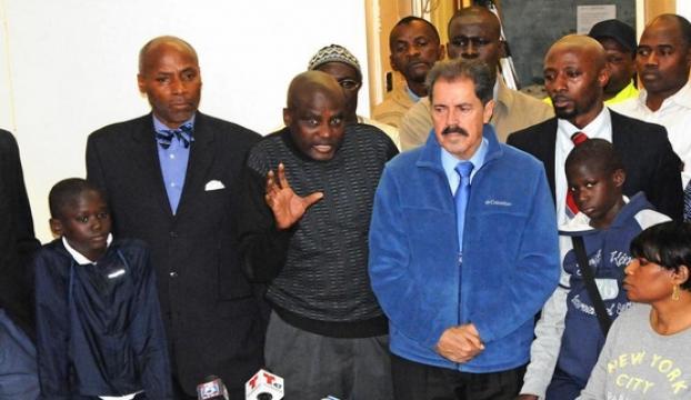 """ABDde Senegalli kardeşlere """"Ebola"""" dayağı"""