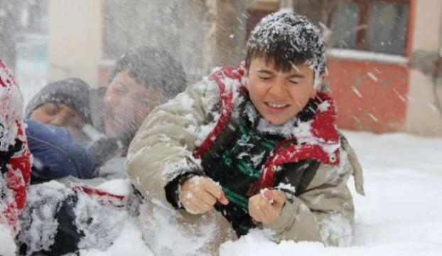 Sivasta ulaşıma kar engeli