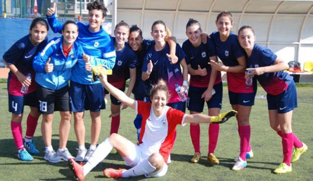 Kadın futbolcular Avrupayı solladılar!