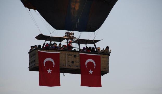 """Balonlar """"Cumhuriyet Bayramı"""" için havalandı"""