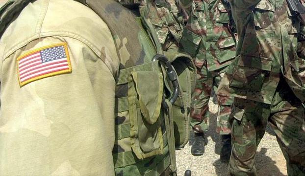 """""""YPGyi eğiterek, silahlandırarak ve fonlayarak ateşle oynuyoruz"""""""