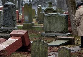 ABD'de Müslümanlar Yahudi mezarlığı için kampanya düzenledi