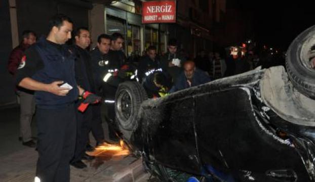 Adanada aşırı hız kazası: 1 ölü, 2 yaralı