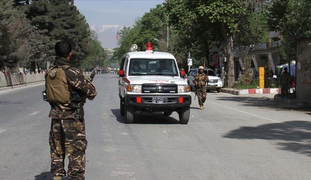Afganistan Cumhurbaşkanı Ganinin mitinginde intihar saldırısı