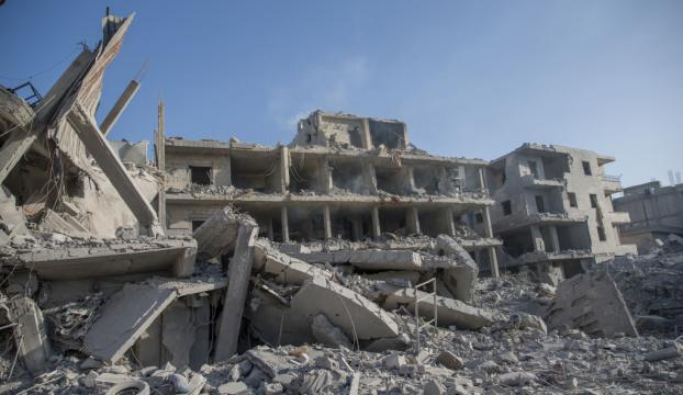Afrinde terör örgütünün tuzakladığı binada patlama: 11 ölü