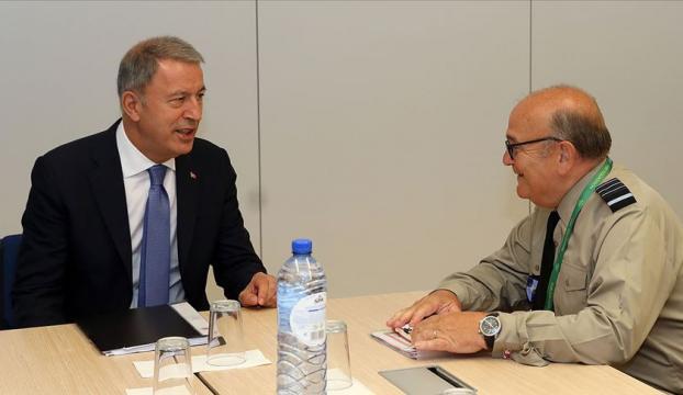 Bakan Akar, NATO Askeri Komite Başkanı Peach ile görüşecek