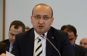Bütçe görüşmelerinde Atatürk'e hakaret tartışması