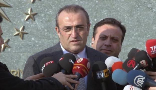 """Albayraktan """"Cumhurbaşkanlığı Sarayı"""" yorumu"""