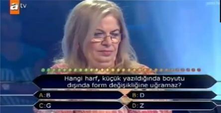Alfabeyi bilemeyen emekli öğretmen