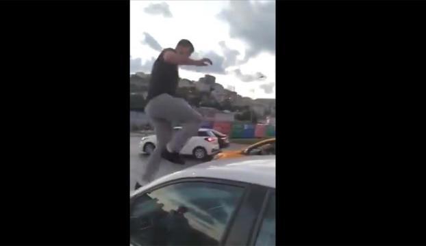 Alibeyköyde trafikte kadın sürücüye saldıran kişi gözaltına alındı