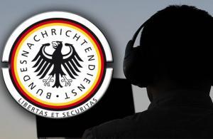 Alman İstihbarat Teşkilatının yabancı gazetecileri dinlediği iddia edildi