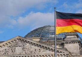 Alman hükümeti 2021 büyüme tahminini yüzde 2,6'a düşürdü