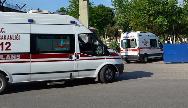 """İzmirde lunaparktaki """"kule asansör""""ün halatı koptu: 3 yaralı"""