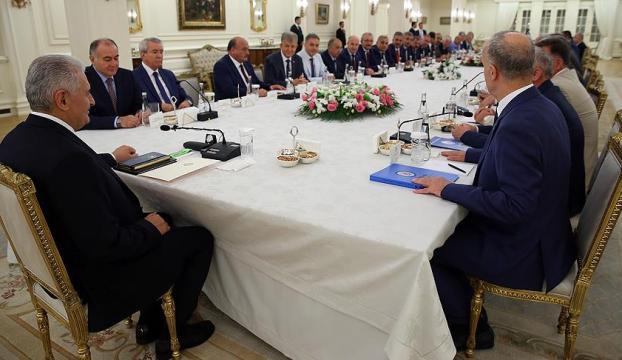 Başbakan Yıldırım Türk-İş Başkanlar Kurulunu kabul etti