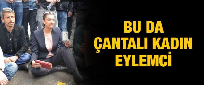 Ankara'da çantalı kadın eylemci!
