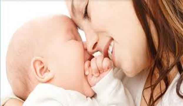 Yeni doğan bebeklerde göz yaşarmasına dikkat!
