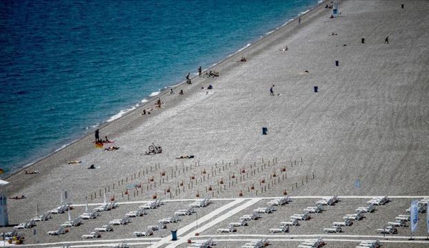 Antalyada sahiller hareketlendi
