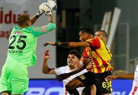 Antalyaspor deplasmanda güldü
