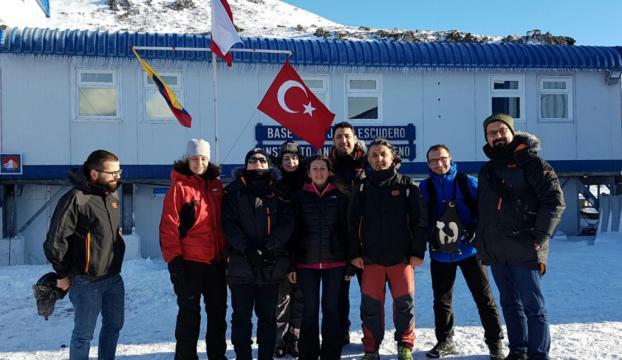 Bakan Özlü: Antarktikada bilimsel üs kuracağız