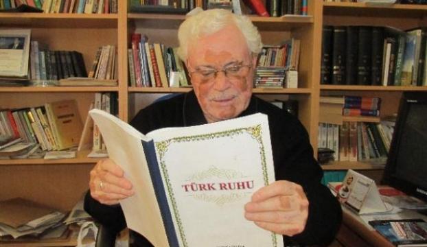 Araştırmacı Yazardan Erdoğana destek