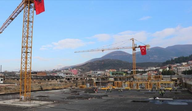 Arnavutlukta TOKİ tarafından inşa edilecek deprem konutlarının temeli atıldı