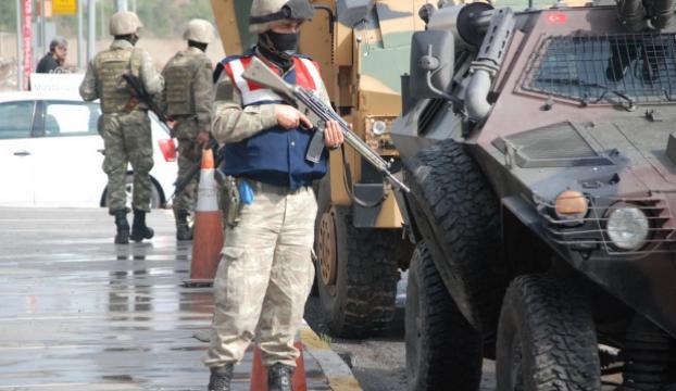 Diyarbakırda asker şehire indi