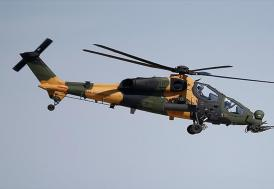 Atak helikopteri Paris Havacılık Fuarı'nda uçuş gösterisi yaptı