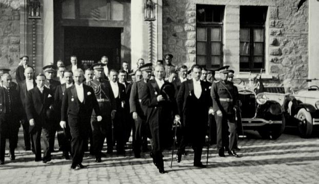 Atatürkün ilk basın toplantısının yıl dönümü