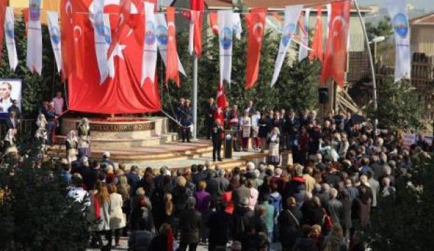 İstanbulda Atatürk Anıtı açıldı