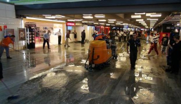 Atatürk Havalimanını su bastı
