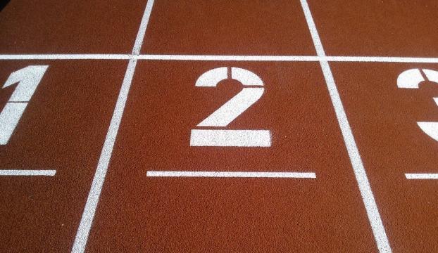 Milli atletten 400 metre engellide derece