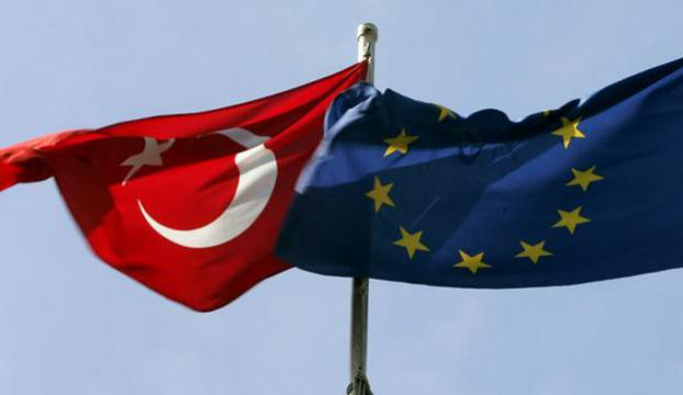 """""""Türkiye-AB müzakerelerini durdurmak büyük hata olur"""""""