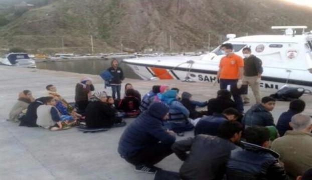 Ayvacıkda 43 kaçak Afganlı yakalandı