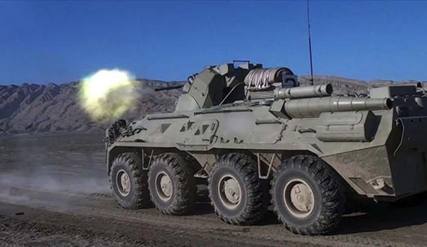 Azerbaycan, Ermenistana ait dört S-300 füze sistemini imha etti